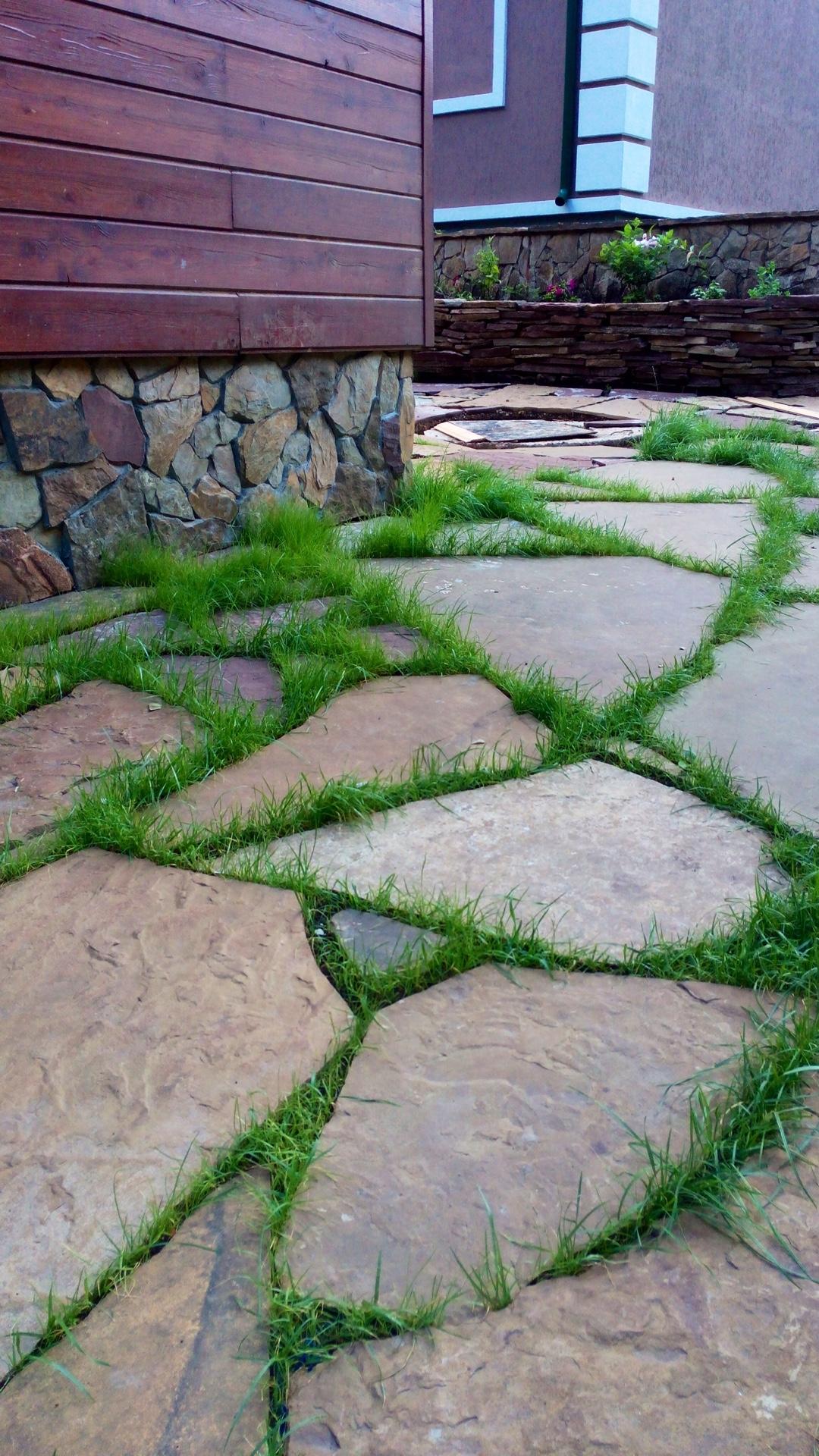 Дорожки из камня своими руками на даче и в саду: какой материал 70